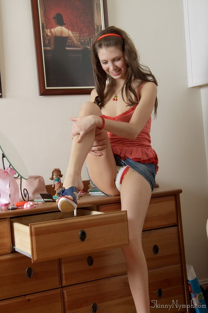 image Tall sexy girl masturbates
